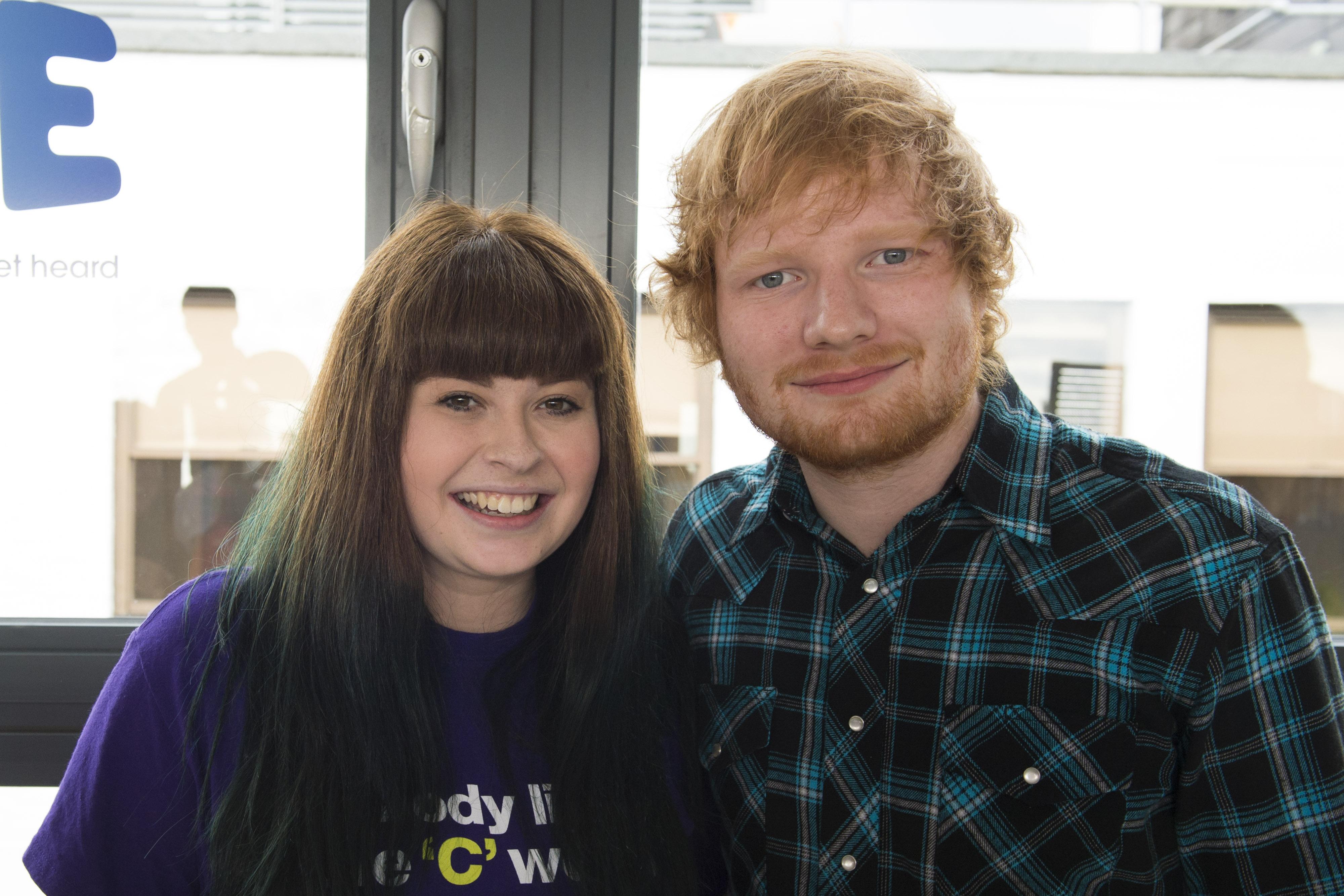 Ed Sheeran & Jamie Lawson surprise teen Leanne