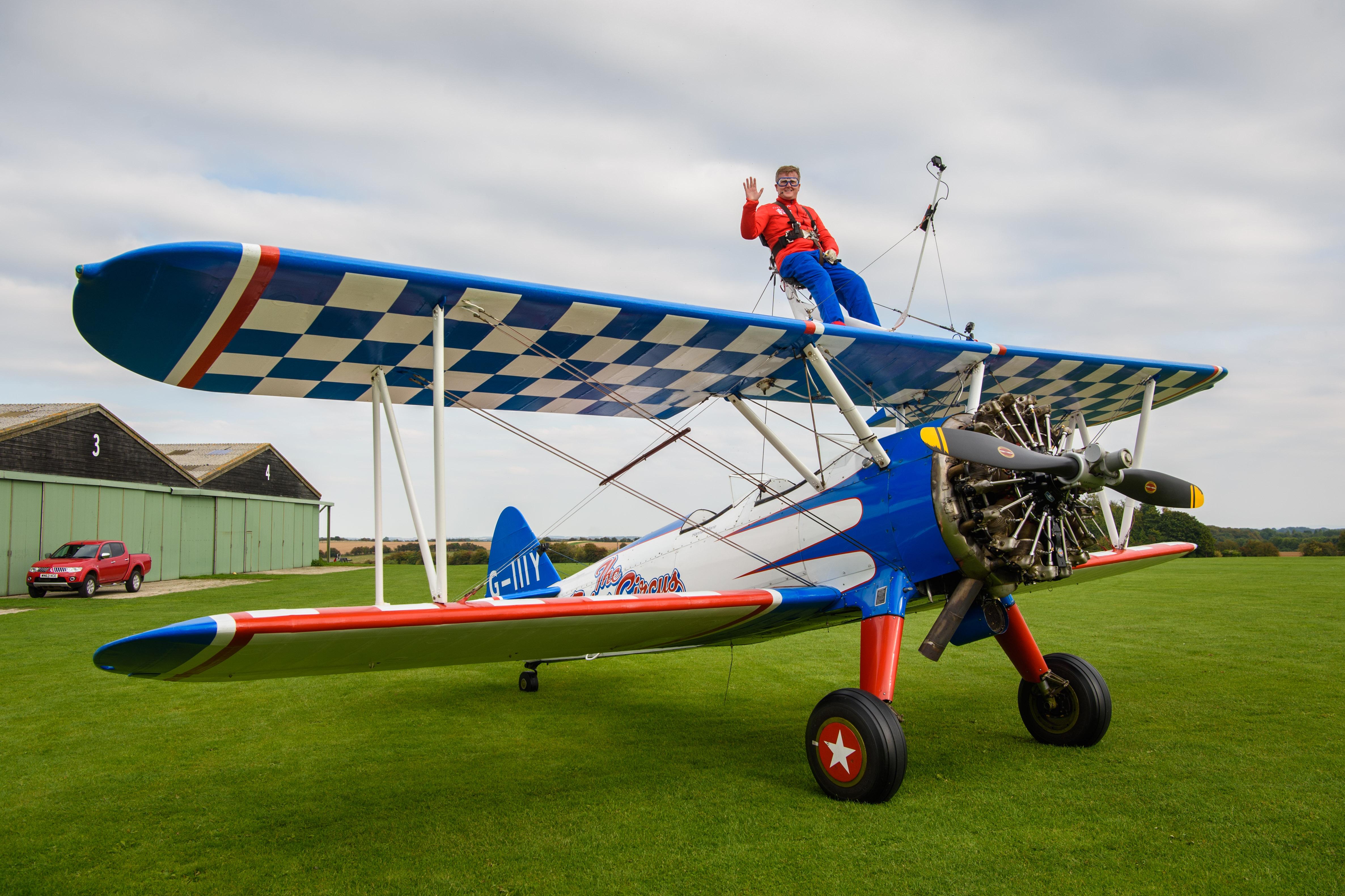 Aled Jones Completes his Epic Wing Walking Flight!